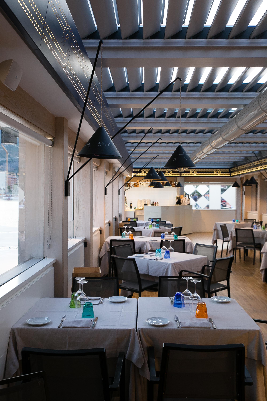 Embarcadero sala interna, menu di pesce Salerno